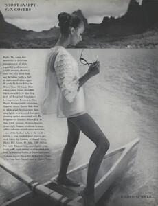 Gilded_Parkinson_US_Vogue_May_1965_07.thumb.jpg.f59b5e5e67ae7794bfbffd165f51d18b.jpg