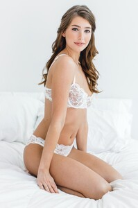 GirlandaSeriousDream_Peony_French_lace_Demi_cup_balconette_underwire_bra_and_bikini_panties_bridal_lingerie_sexy_bride.jpg