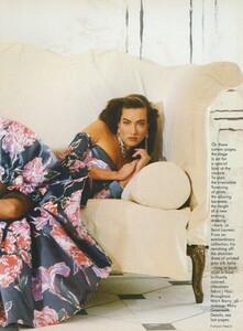 Halard_US_Vogue_April_1987_02.thumb.jpg.09f7b83fc1d2c819c285d6d086210f1b.jpg