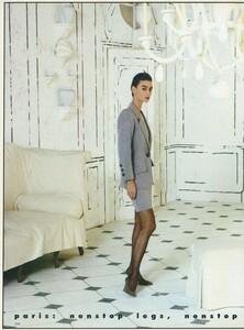 Halard_US_Vogue_April_1987_05.thumb.jpg.6fa1a3e93a4691450e676428f5e8b843.jpg