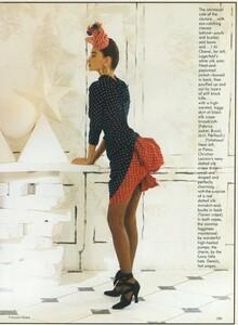 Halard_US_Vogue_April_1987_10.thumb.jpg.2a96202338bd2ce487c50387b65b2e14.jpg