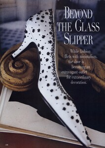 Halard_US_Vogue_March_1996_01.thumb.jpg.cd4faadfa6ea6144bbfa1096281dbecd.jpg