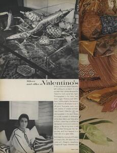 Horst_Clarke_US_Vogue_April_15th_1970_03.thumb.jpg.385d8bae6efc36804aadf8d7176cf58a.jpg
