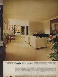 Horst_Clarke_US_Vogue_April_15th_1970_06.thumb.jpg.3a465b3901e7017e7b00a483930f9679.jpg