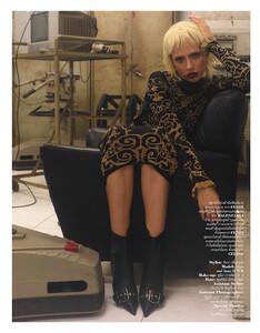 Inna-Fisun-for-Elle-magazine-July-2019-7.jpg