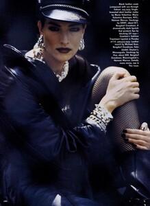 Lindbergh_US_Vogue_September_1991_03.thumb.jpg.dd61cbd1151cf4698d8f3050b1efb939.jpg