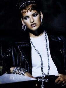 Lindbergh_US_Vogue_September_1991_16.thumb.jpg.55f8e2946c3ee591d152bbbcd069e867.jpg