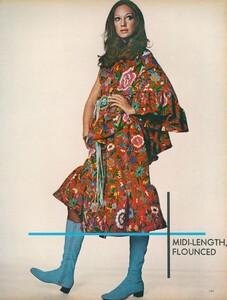 Little_Dress_US_Vogue_April_1st_1970_04.thumb.jpg.73b0aa2a0a380c4b7f3c3b305d97ccb9.jpg