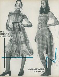 Little_Dress_US_Vogue_April_1st_1970_09.thumb.jpg.d86d005470293d230646c465f53373c3.jpg