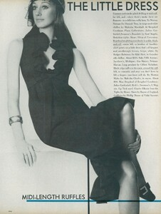 Little_Dress_US_Vogue_April_1st_1970_10.thumb.jpg.105fb48b7e9aee06494d1afba6d5086b.jpg