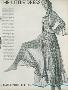 Little_Dress_US_Vogue_April_1st_1970_14.thumb.jpg.37c334a7279a93999f702cf1605f0220.jpg