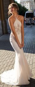 MUSE-by-Berta-Sicily-Wedding-Dress-Collection-BG6I1347-615x1530.jpg