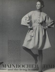 Mainbocher_Penati_US_Vogue_April_15th_1970_02.thumb.jpg.2d8a85ff956e5bd088e00ba453f6d10b.jpg