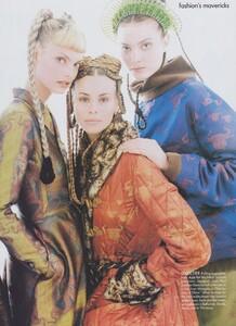 Mavericks_Meisel_US_Vogue_September_1994_06.thumb.jpg.19934f94e8f5d0145a81e1ab8f0d6b47.jpg