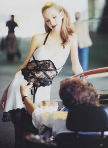 Modern_von_Unwerth_US_Vogue_September_1994_08.thumb.jpg.63e78ad97b979e4b48145acd53c68796.jpg