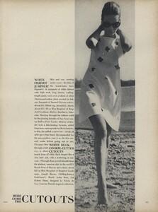 Parkinson_Horst_US_Vogue_January_1st_1965_06.thumb.jpg.f2c2ed9fd61a2e6fce06f0b4784b20a6.jpg