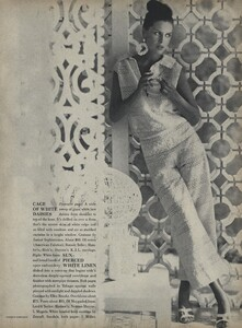 Parkinson_Horst_US_Vogue_January_1st_1965_16.thumb.jpg.3143e3f4a563892eb6dc731f4043278c.jpg