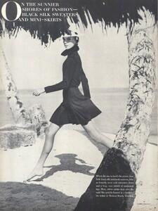 Parkinson_US_Vogue_January_15th_1965_01.thumb.jpg.233d2c8c508ee40d770ad3a9827d2d6f.jpg