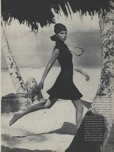 Parkinson_US_Vogue_January_15th_1965_02.thumb.jpg.ca13599d4731c7c138da8f7c656ec176.jpg