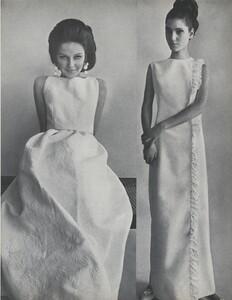 Penati_US_Vogue_May_1965_08.thumb.jpg.0325f245366e4a3ec3085f7822ad9f70.jpg
