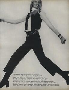 Penati_US_Vogue_October_15th_1970_02.thumb.jpg.aa211043716c48a02050a15edd19abaf.jpg