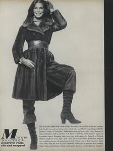 Penati_US_Vogue_October_15th_1970_11.thumb.jpg.15df52cf504227c4d6468ce1899bebfc.jpg