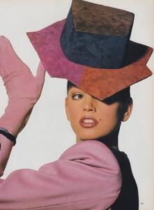 Penn_US_Vogue_April_1988_12.thumb.jpg.84c51f79bc5e44bc36421f8a917a2ed1.jpg