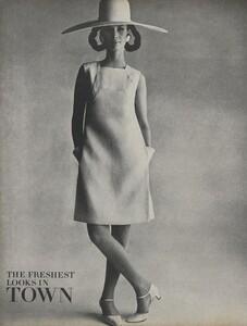 Penn_US_Vogue_May_1966_01.thumb.jpg.8743cad541bef42a29631f9e359f18af.jpg