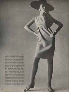 Penn_US_Vogue_May_1966_02.thumb.jpg.44a80bcd9f36f8518ffa35a0c7fef304.jpg