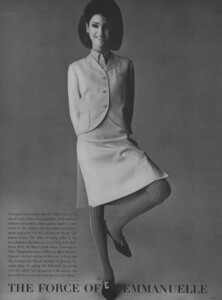Predictions_Penn_US_Vogue_January_1st_1965_07.thumb.jpg.7eb1b4eb90ed815a6cd7d2c0895edd23.jpg