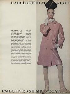 Predictions_Penn_US_Vogue_January_1st_1965_16.thumb.jpg.a9656a2a62802ba5acf212234162173b.jpg
