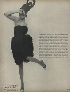 Romantic_Stern_US_Vogue_March_15th_1966_03.thumb.jpg.22bb47e43c3d031f2b3b4e751d596aad.jpg