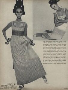 Romantic_Stern_US_Vogue_March_15th_1966_05.thumb.jpg.fb0e597f0e48417e7ba3e10d94937410.jpg