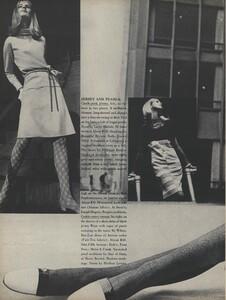 Rubartelli_US_Vogue_January_15th_1965_03.thumb.jpg.aa463d5c2b8ab5116acf6e2f24e714dc.jpg