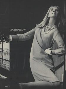 Rubartelli_US_Vogue_January_15th_1965_06.thumb.jpg.67c86e0bac80c2597ee51b3a821baa7e.jpg