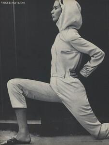 Rubartelli_US_Vogue_January_15th_1965_07.thumb.jpg.4f72419c564b2c64172a01a7b3f7fa42.jpg