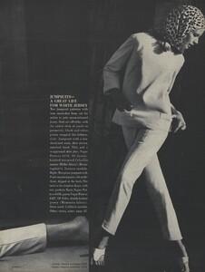 Rubartelli_US_Vogue_January_15th_1965_08.thumb.jpg.e3525556e8551ecbc7e8fa292b14e83b.jpg