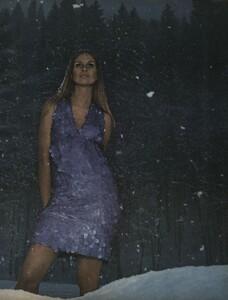 Snowdrops_Avedon_US_Vogue_March_15th_1966_02.thumb.jpg.5d9fbf2f4535adecd4d4d72365133d79.jpg