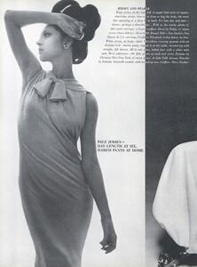 Stern_US_Vogue_January_15th_1965_05.thumb.jpg.48c2039303a27808c6581d154c14afe9.jpg