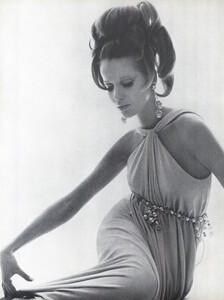Stern_US_Vogue_January_15th_1965_07.thumb.jpg.ec2841ded74ee2ea96feea0ccdceb6b8.jpg