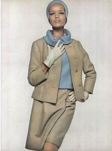Stern_US_Vogue_January_15th_1965_10.thumb.jpg.bdaf72eb97641101d62c8e4b911c25a7.jpg