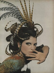 Stern_US_Vogue_January_1st_1965_06.thumb.jpg.2f77f0fd976ac2d67a745842d5b58a0b.jpg