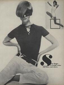 Stern_US_Vogue_May_1966_30.thumb.jpg.f245d08e23e95e2176b31bbaa169d634.jpg