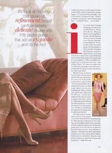 Testino_US_Vogue_April_2004_08.thumb.jpg.53c68f214ec62f2eececf85b2e75408c.jpg