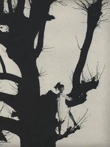 Tree_Avedon_US_Vogue_March_15th_1966_02.thumb.jpg.41c75d8a90e854f3b88693d679cf87ca.jpg