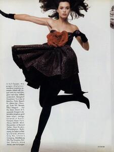 Varriale_US_Vogue_November_1987_05.thumb.jpg.b1fd292c4f57782325819d67ce9a642e.jpg
