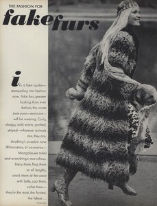 Zachariasen_US_Vogue_July_1970_01.thumb.jpg.81740d2657125e76c79860145245f581.jpg