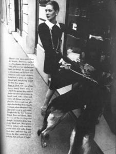 de_Rosnay_US_Vogue_April_1st_1970_02.thumb.png.648ef2bb69f9ed417462cd14a7f04efd.png