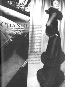 de_Rosnay_US_Vogue_April_1st_1970_04.thumb.png.d09bf3921c7fe2c53323e20b3f2d3949.png