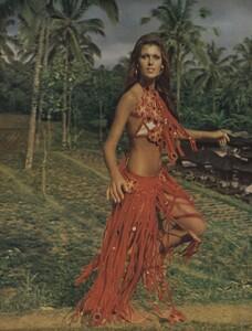 de_Rosnay_US_Vogue_December_1970_15.thumb.jpg.e4090ac705d3717eb98b9472fd70277d.jpg